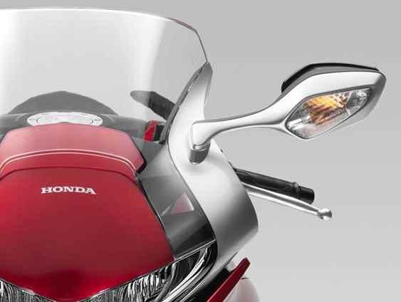 Nova Honda VFR 1200F 2015