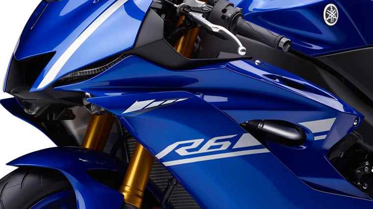 2017-Yamaha-YZF-R6-EU-Race-Blu-Detail-004