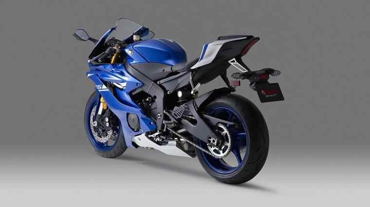 2017-Yamaha-YZF-R6-EU-Race-Blu-Detail-006 (1)