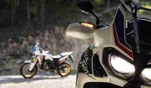 CRF_Africa_Twin_a8