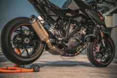 Nova KTM 1290 SUPER DUKE 2019 preta