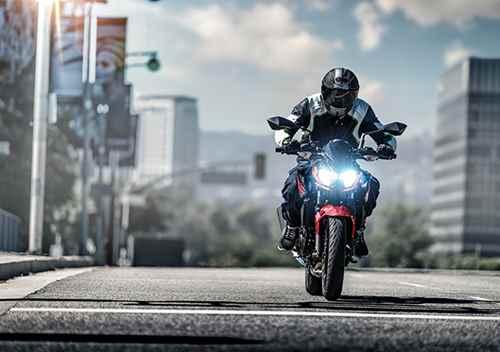 Nova Kawasaki Z400 2020 Frente