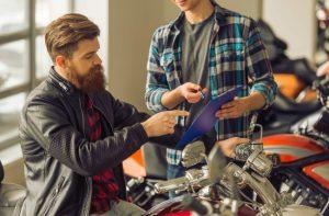 Acessórios para motos: 5 acessórios mais vendidos para sua moto