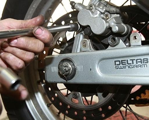 5 peças de moto que quebram com frequência